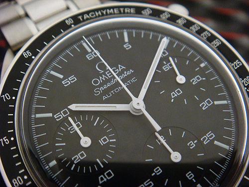 omega speedmaster 3510.50 closeup hesalite